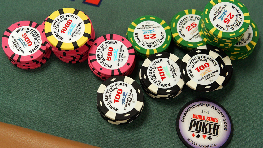 Bluff To Win In Poker Gambling